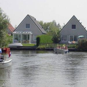 Watervilla Bungalowpark De Vlietlanden 2 - 8p